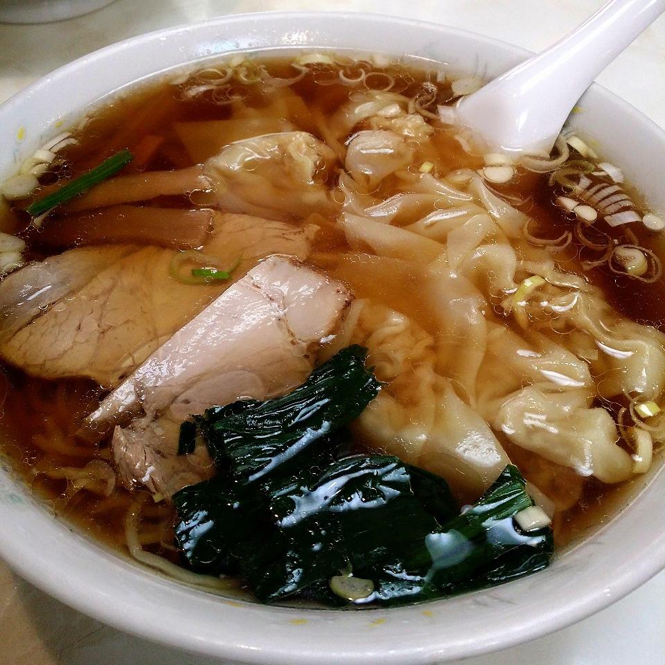 東京中央区日本橋浜町で食べた忘れられない味「中華 崋山」のワンタンメン